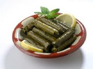 Warak Inab B zeit (Stuffed Vine leaves) (8PCS)