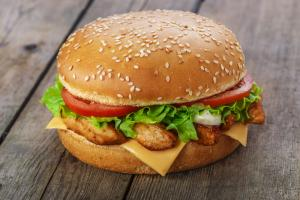 Chicken Fillet Burger (Served with chips)